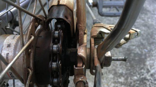後輪車体右側撮影
