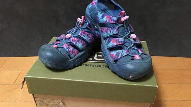 KEENニューポートH2と靴箱