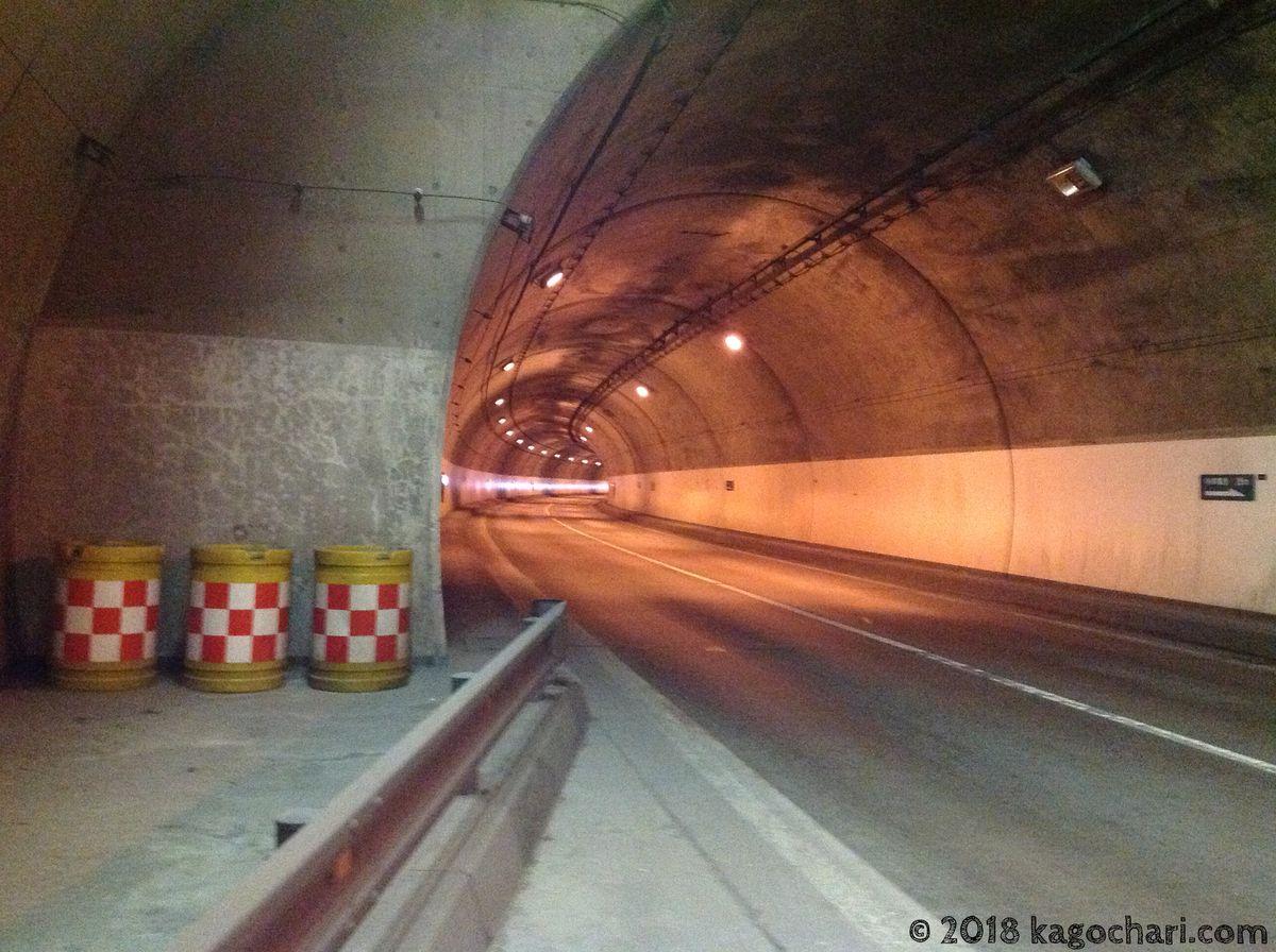 新送毛トンネル-内部