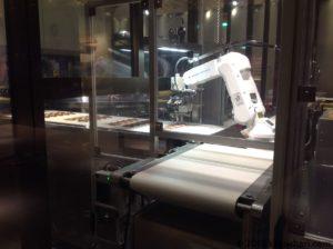チョコレート工場の作業風景