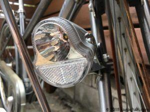 パナソニックNSKL135-S LEDハブダイナモ専用ライト足も灯-正面